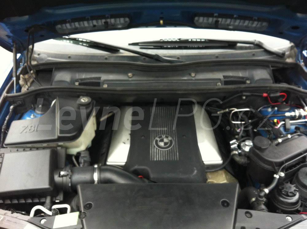 BMW X5 4.4i E53 - LPG 2