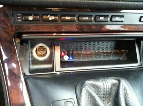 BMW X5 4,4i LPG - Přepínač