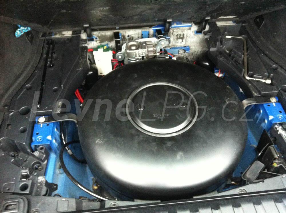 BMW X5 4.4i E53 - LPG 5