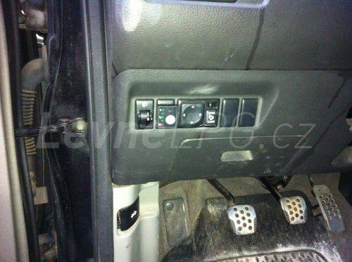 Nissan X Trail 2.0 LPG - Přepínač