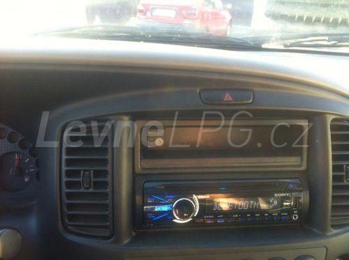 Subaru Forester 2.0 II LPG - Přepínač