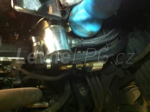 Audi A6 4.2 C5 LPG montáž 4