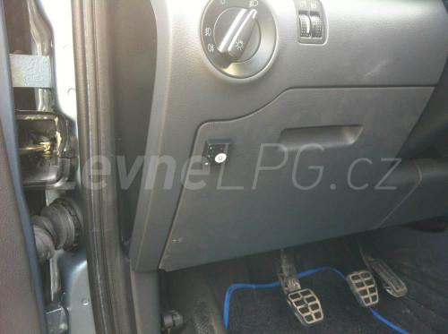 Ford Galaxy 2.3 LPG - Přepínač