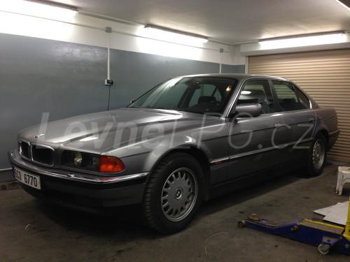 BMW E38 728i - LPG