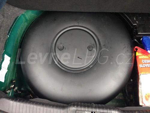 Jaguar S Type 3.0 LPG - Nádrž