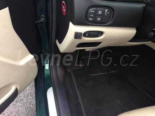 Jaguar S Type 3.0 LPG - Přepínač