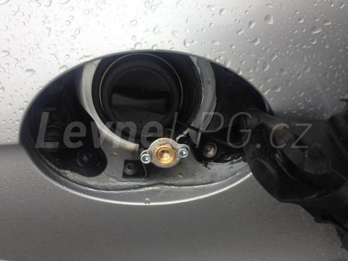 Mercedes CLS 500 LPG - Plnění