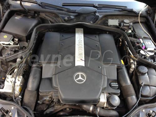 Mercedes E500 LPG - Motor
