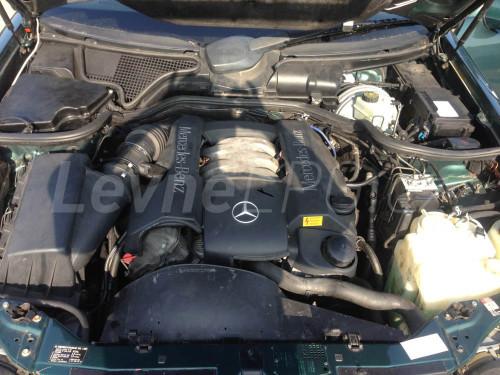 Mercedes E320 LPG - Motor