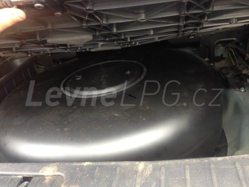 Hyundai Santa Fe 2.4 LPG - Nádrž