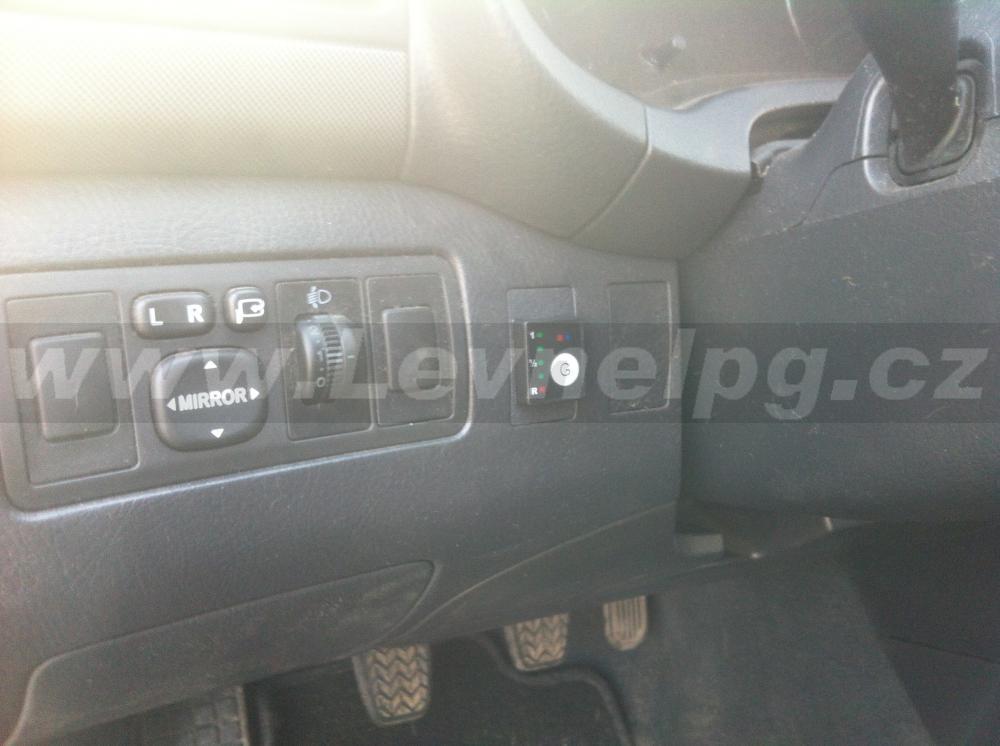 TOYOTA Avensis 1.6 - LPG 3