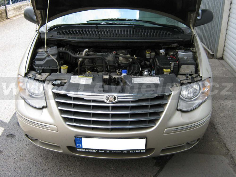 CHRYSLER Town & Country 3.8 - LPG 1