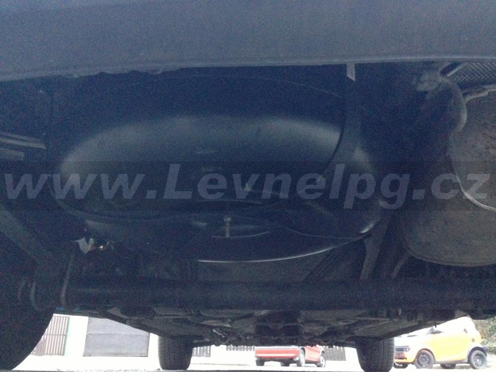 VW Caddy 1.4i (2010) - LPG 5