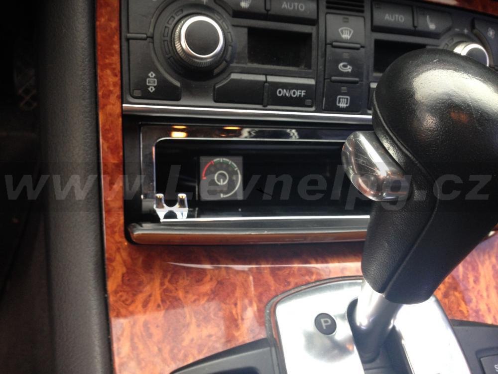 AUDI A8 D3 4.2 2004 - LPG 3