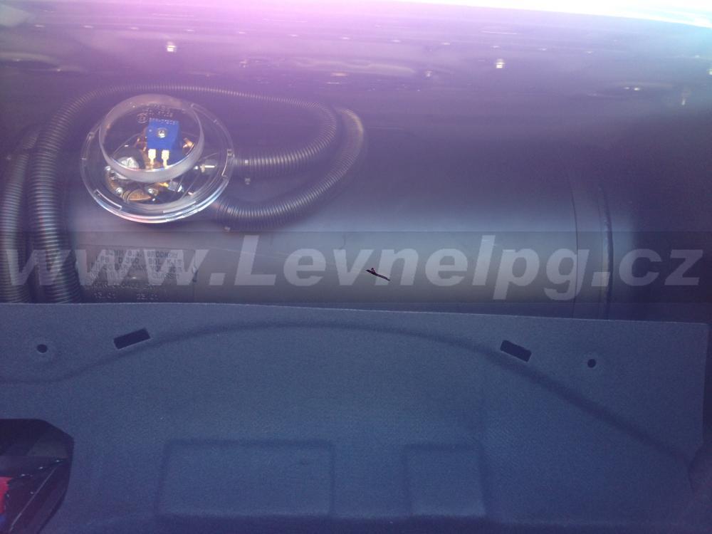 MERCEDES-BENZ CLS 500 W219 - LPG 5