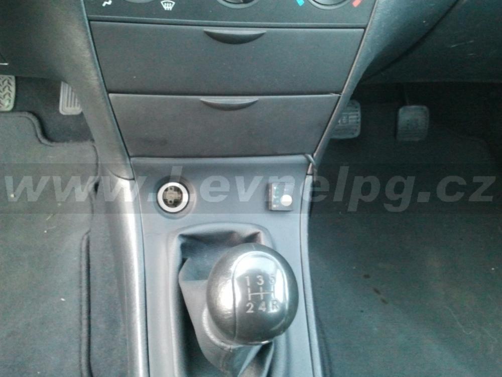 TOYOTA Corolla 1.6L 2005 - LPG 3