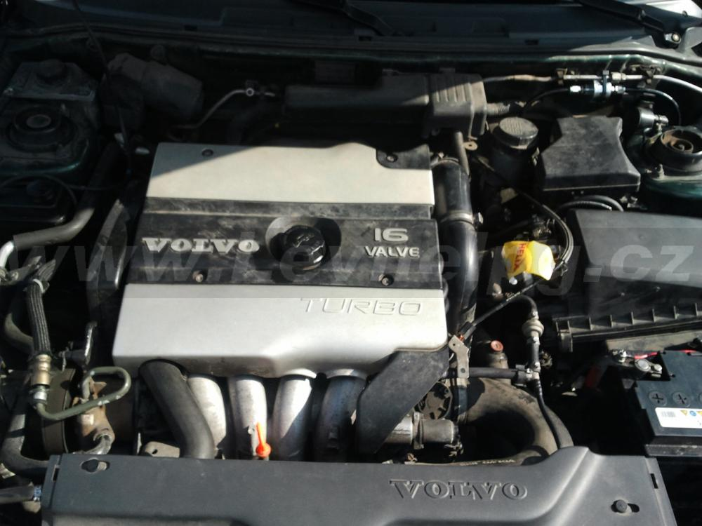 VOLVO V40 1.8Turbo - LPG 2