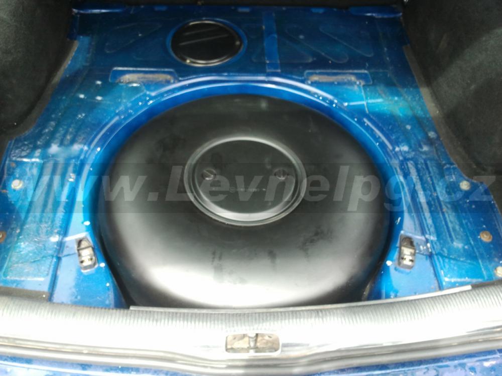 VW Passat 2.8 V6 kombi - LPG 5