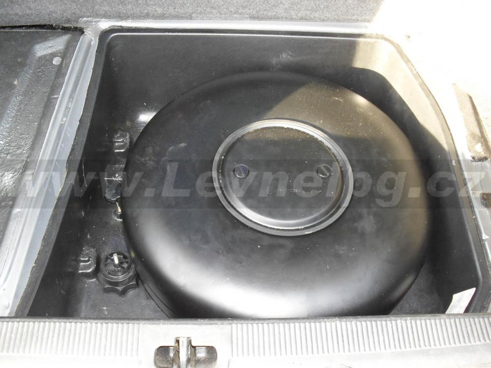 AUDI A6 2.6 quattro C4 1997 - LPG 5