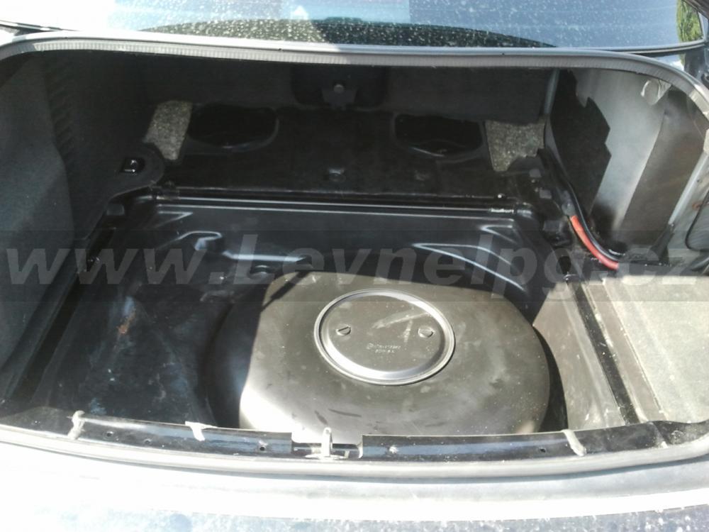 AUDI S8 D2 2001 - LPG 4